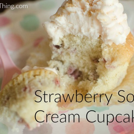 StrawberrySourCreamCupcakes